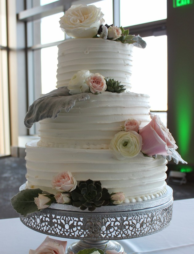 New Smyrna Beach Wedding Venue - Custom Cakes